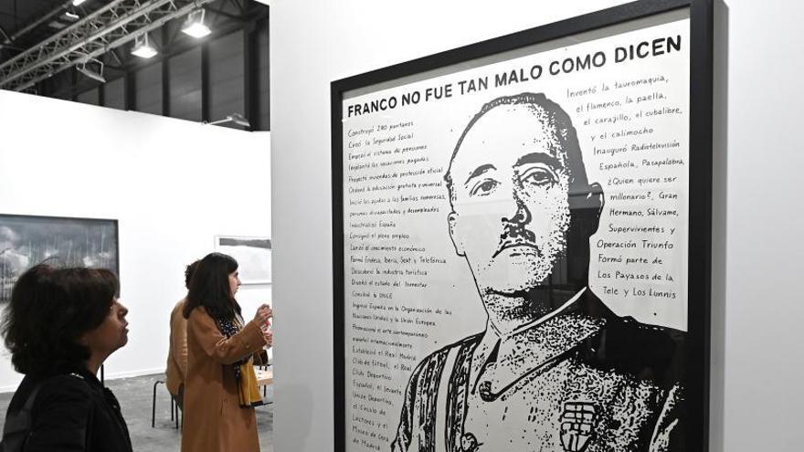 'Franco no era tan malo como dicen', una obra que busca provocar en ARCO