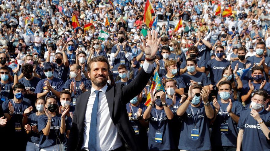 """Casado se presenta como la """"única alternativa para España"""" que puede acabar con Sánchez"""