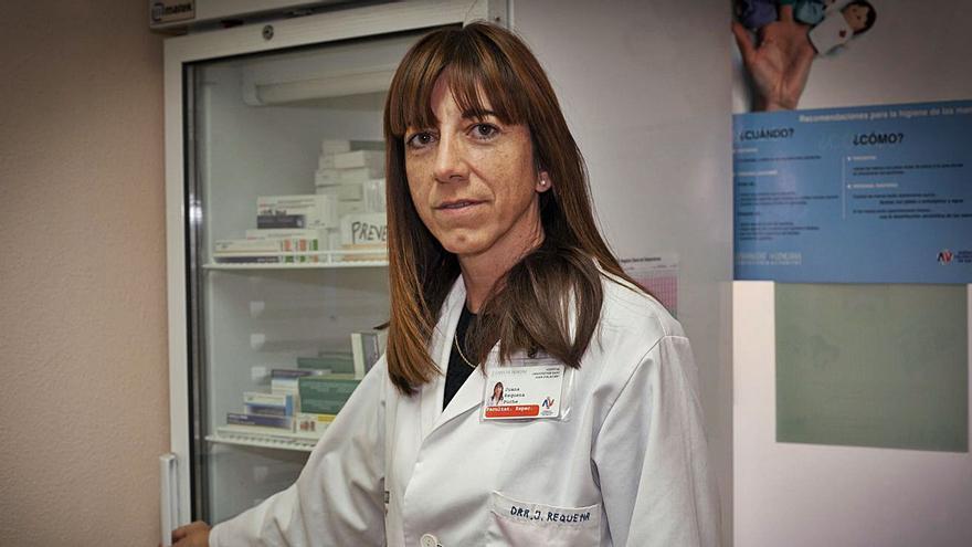 Juana Requena Puche: «La vacuna óptima tiene que ser  segura, barata y no requerir de frío»