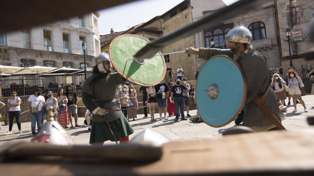 Escenificación de la vida militar del reino de Asturias