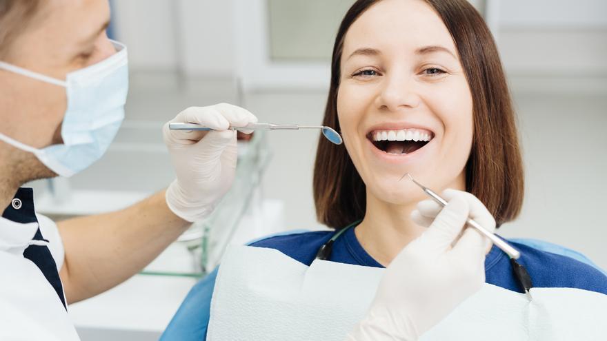 Higienistas dentales: ¿Quien te atiende es un intruso? ¿Cómo saberlo?