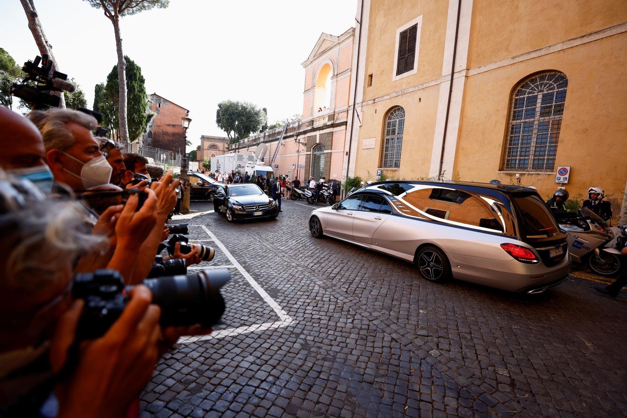 Italia despide a Raffaella Carrá