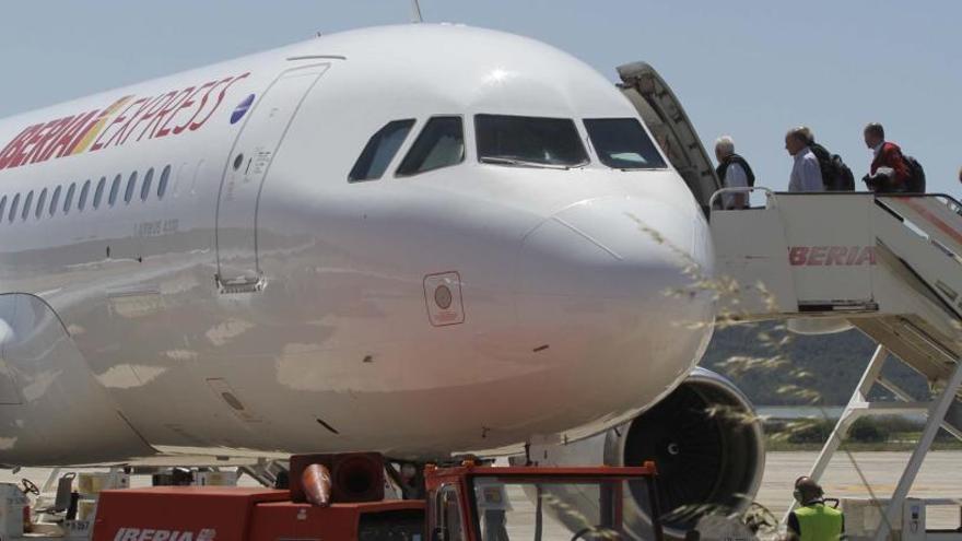 Iberia Express operará su vuelo Madrid Ibiza también en invierno y con frecuencia diaria