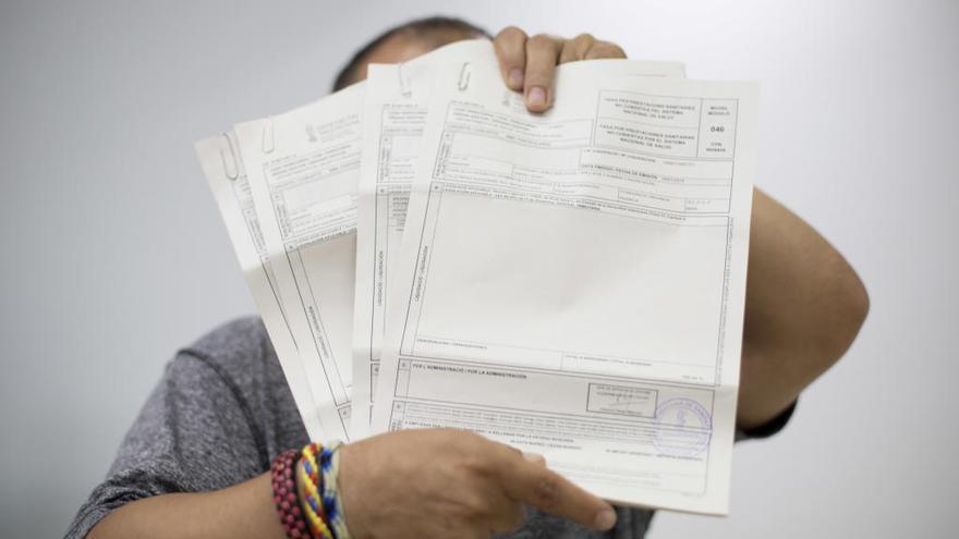 El ministerio niega la tarjeta sanitaria a un migrante por carecer de Seguridad Social