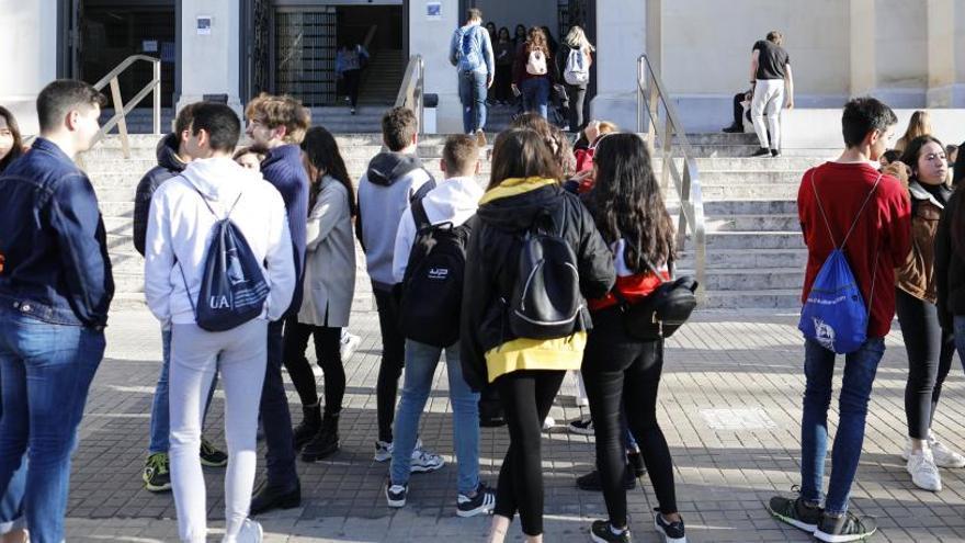 Casi 300 millones de estudiantes, sin clase por el virus