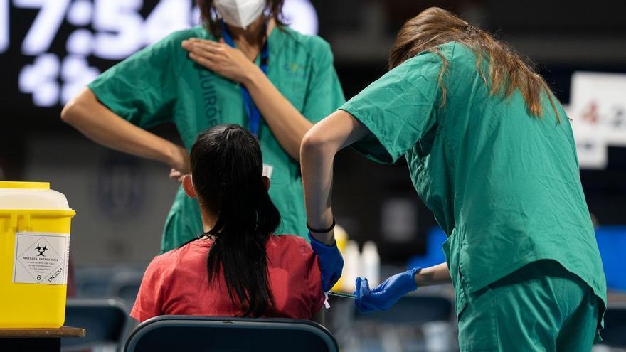 Bruselas se felicita: el 70% de europeos vacunados