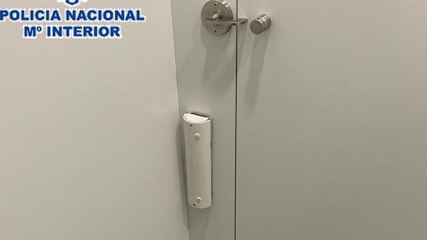 A prisión el acusado de grabar a mujeres en baños públicos de Málaga