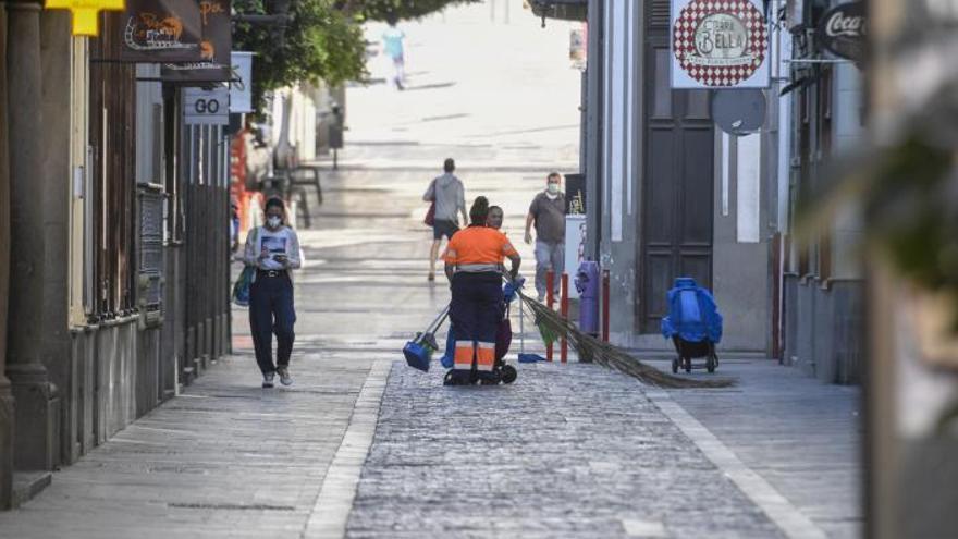 Limpieza Viaria proyecta externalizar el servicio en 16 barrios del municipio