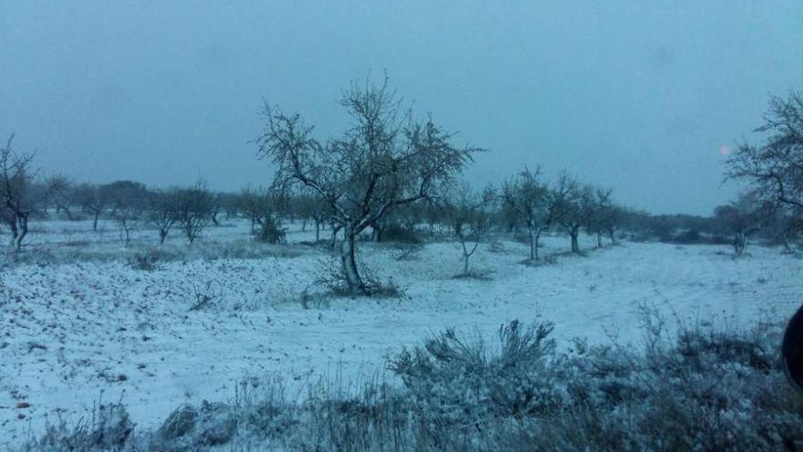 La nieve cubre el interior de la C. Valenciana