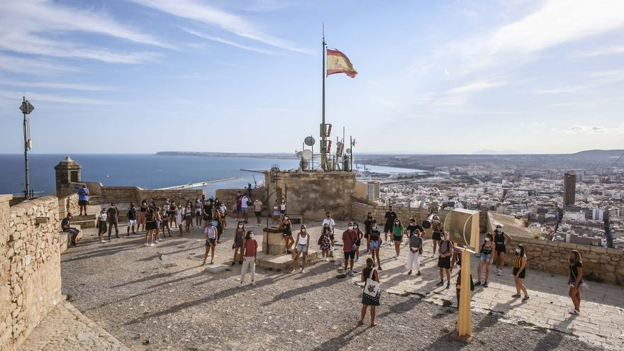 Unides Podem denuncia la privatización de los Castillos de Alicante