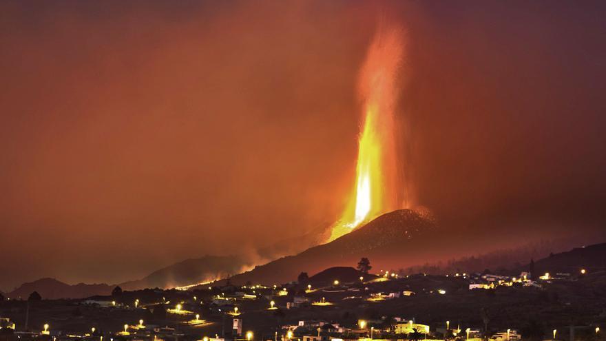 El dinosario del volcán todavía estaba en La Palma