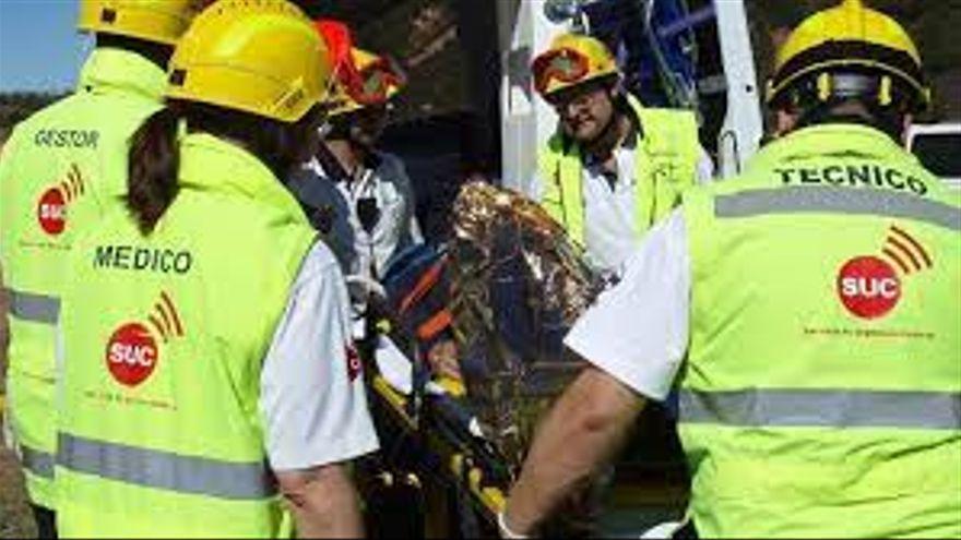 Fallecen dos jóvenes tras el choque de una moto y un coche en Tenerife