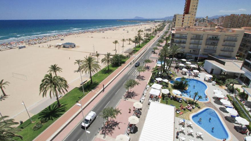 Cierran todos los hoteles de las playas de Gandia y Oliva