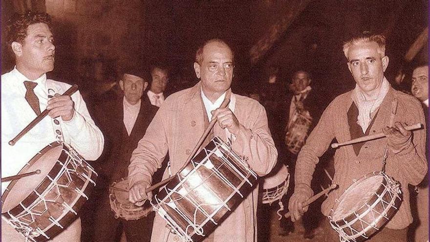 Calanda levantará una estatua de Luis Buñuel en bronce a tamaño real