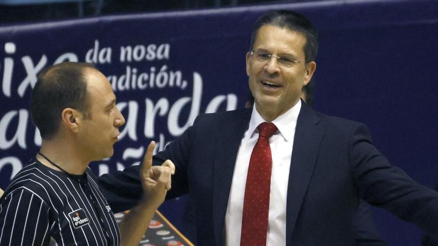 L'Obradoiro remunta al Baxi en el darrer sospir (90-87)