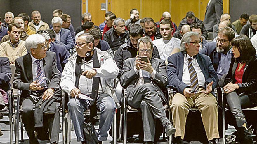 Jornada de la Asociación del Automóvil sobre información técnica de los fabricantes de vehículos