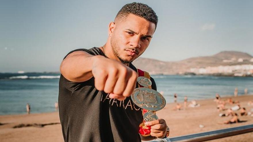 """Jonathan 'Maravilla' Alonso: """"Entreno en la Isla porque hay boxeadores con mucho nivel"""""""