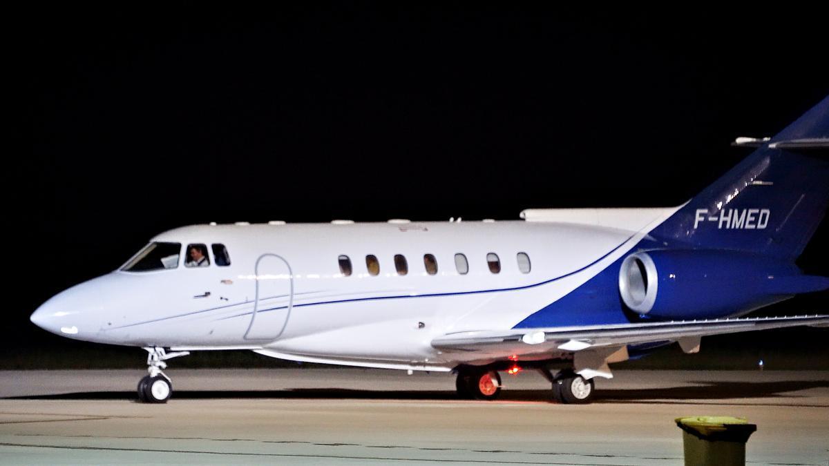 Avión medicalizado que trasladó a Ghali a Argelia.