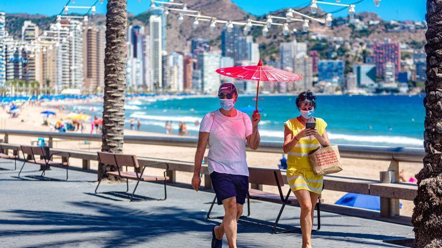 Hosbec subraya que el turismo español mantiene la ocupación y julio será mejor de lo que esperaba