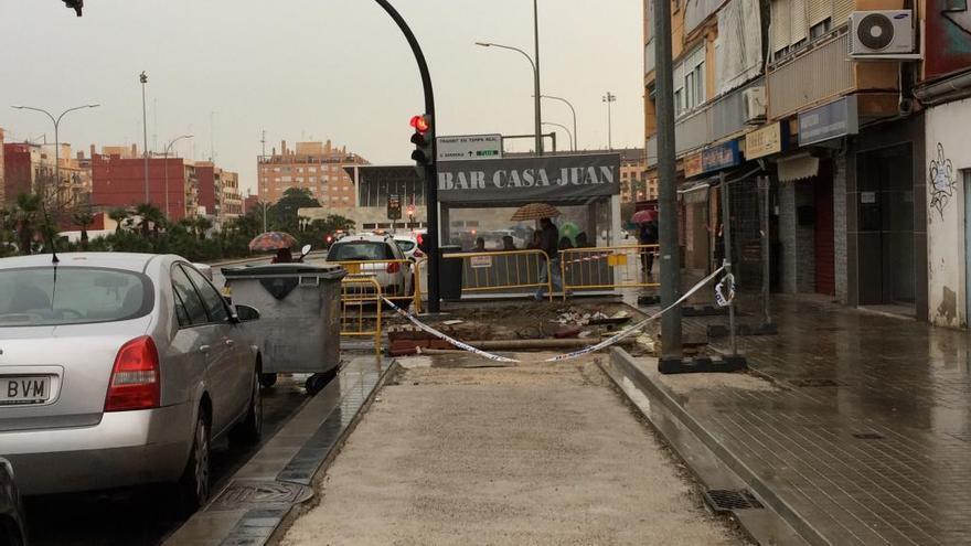 Un carril bici hará un quiebro por la terraza de un bar