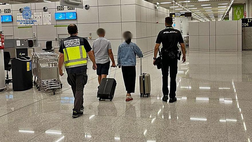 Ocho arrestados en una semana en el aeropuerto de Palma por varios delitos