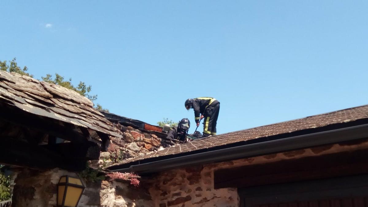 Incendio en una vivienda de Otero de Sanabria