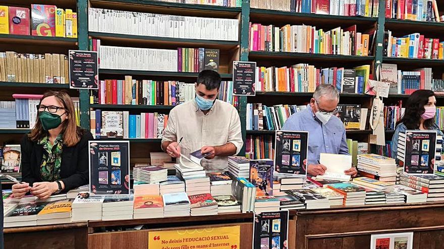 Els premis Bertrana visiten les llibreries