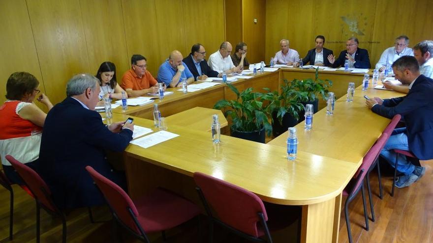 Los concellos reclaman que Estado y Xunta rebajen su control sobre la gestión municipal