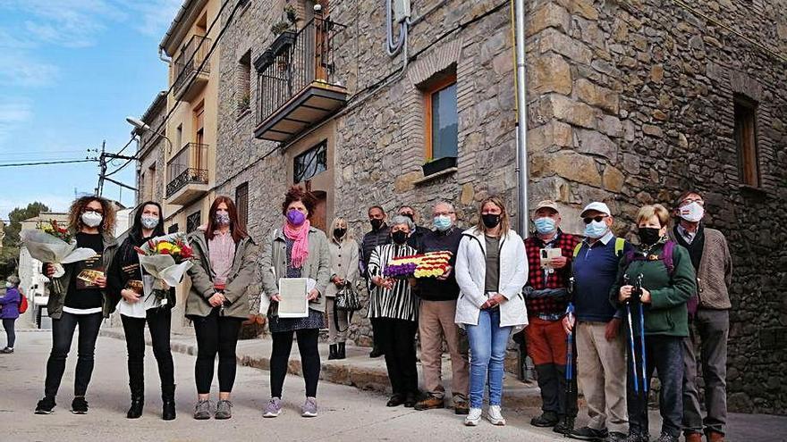 Castellbell commemora la proclamació amb una placa a l'antic ajuntament