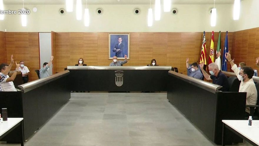 San Vicente aprueba por unanimidad el convenio para la rehabilitación del bloque 67 de Santa Isabel