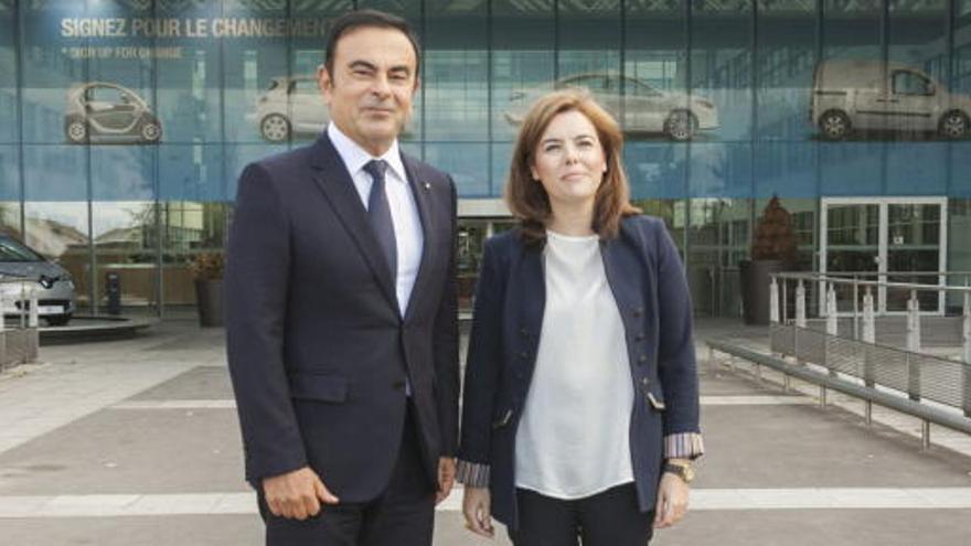 Santamaría inicia en Renault su viaje oficial a París