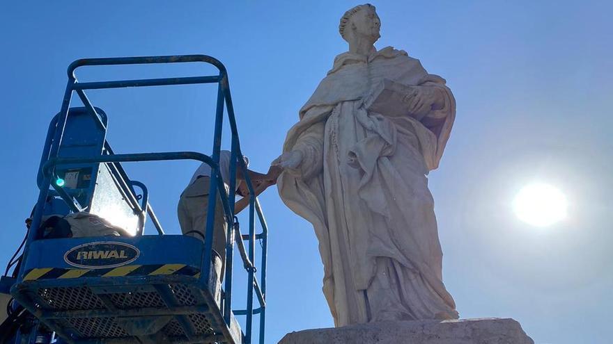 Restaurada la estatua de San Luis Bertrán