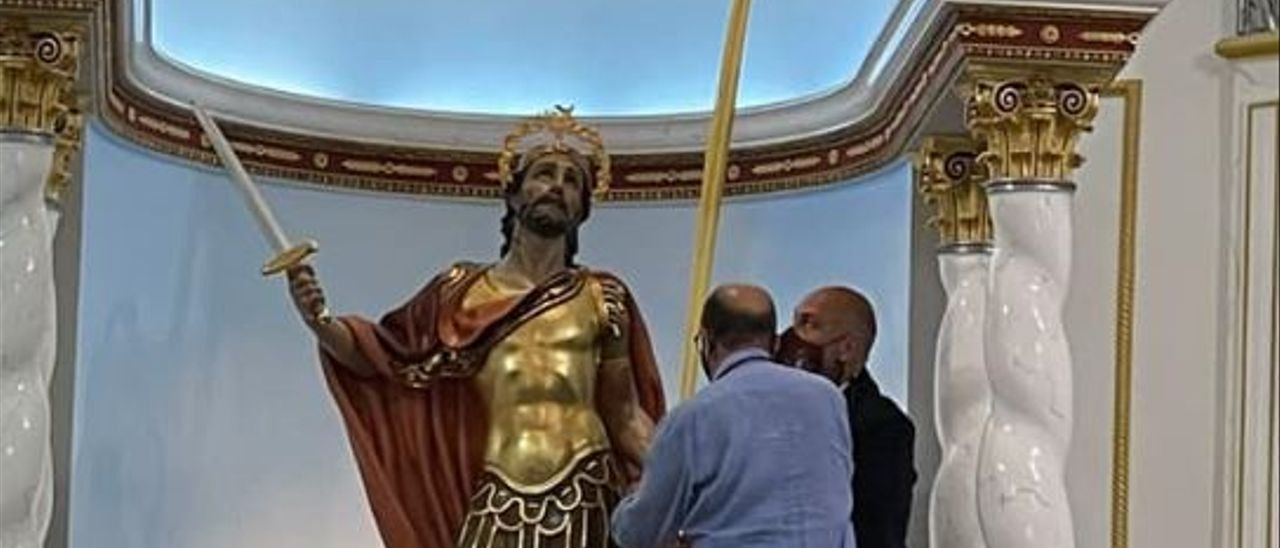 San Bonifacio Mártir con su palma en la ermita.