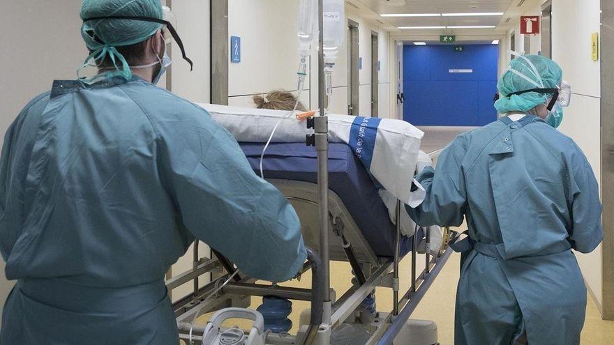 Los positivos caen a 37 en Extremadura en una jornada sin fallecidos y más hospitalizados