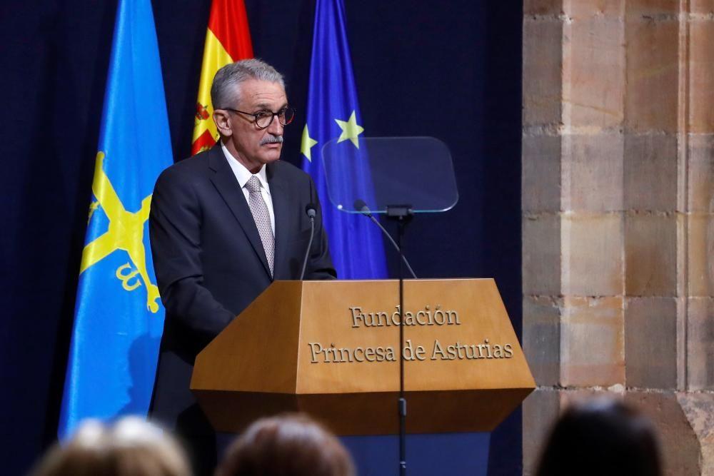 José Eugenio Guerrero Sanz, jefe de la UCI del Hospital Gregorio Marañón, durante su discurso en nombre de los sanitarios premiados.