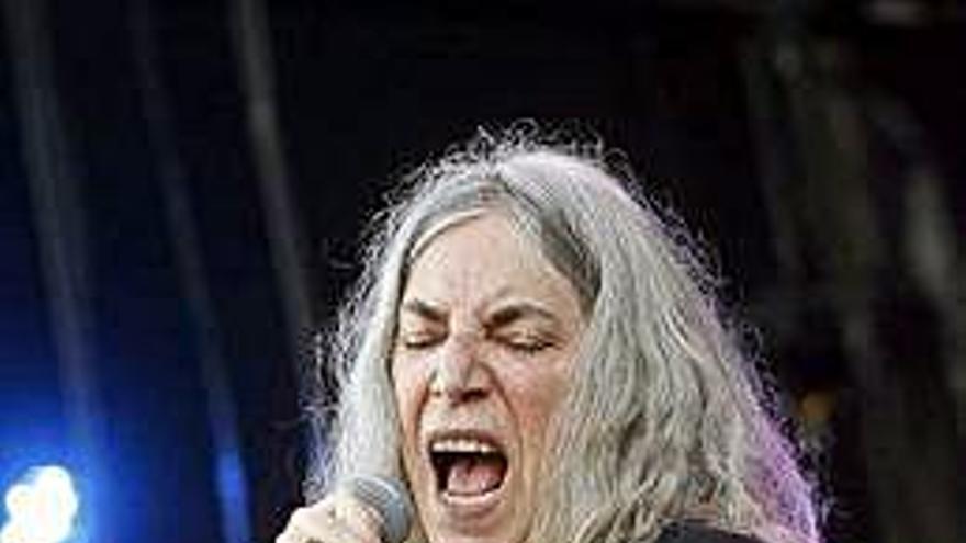"""La cantante Patti Smith, a los manifestantes de Chile: """"Estoy con vosotros"""""""
