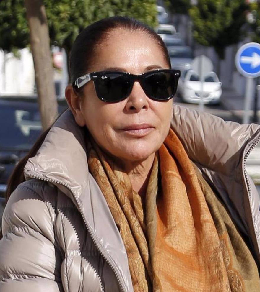 Isabel Pantoja, acuciada por las deudas, pone a la venta Cantora