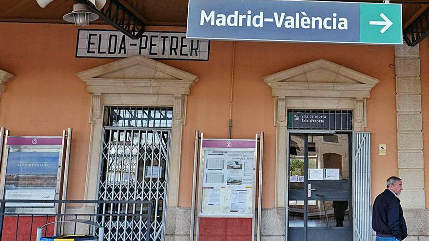 Adif invertirá 336.000 € en siete estaciones de tren de la provincia de Alicante