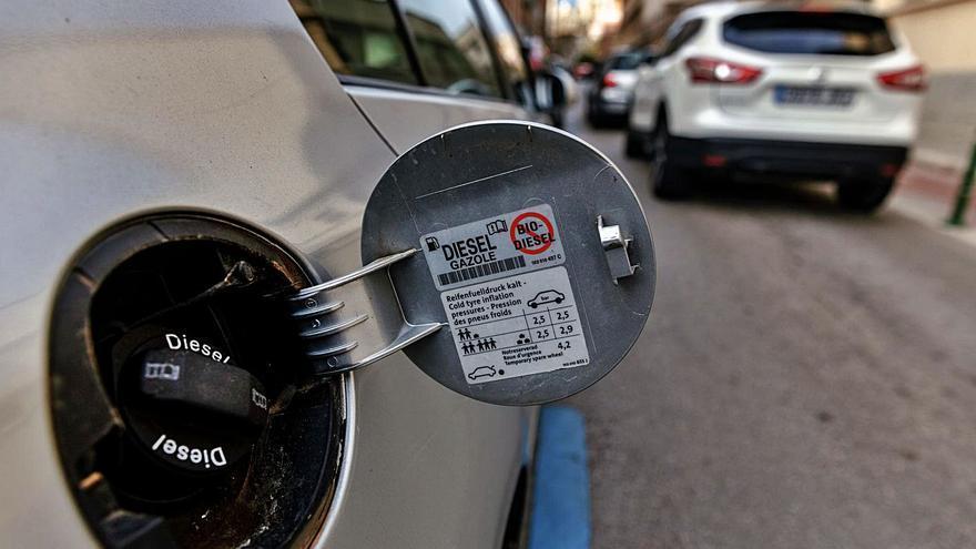 Sánchez no permite en su ley que Baleares prohíba más coches diésel en 2025