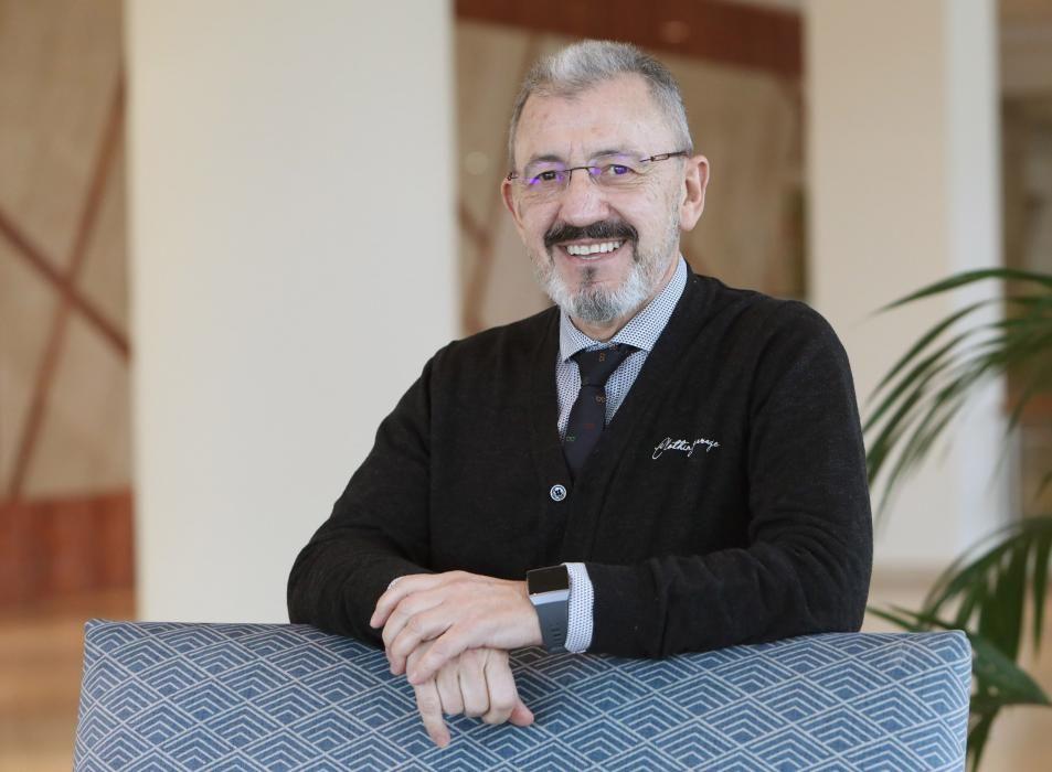 José Ramón_Santamaría (PP) Exgerente del Hospital Vithas Nuestra Señora de Fátima durante treinta años, también fue gerente de la Asociación de Hospitales Privados de Galicia, cargo que dejó tras confirmar que iría en las listas del Partido Popular en las municipales.