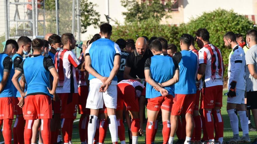 """David Movilla, entrenador del Zamora: """"Ellos dieron un paso adelante en la segunda parte"""""""