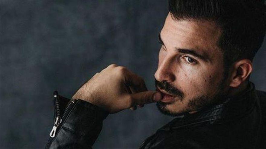 """Javier Castillo: """"Si ya no sorprendiera ni estuviera en una editorial, seguiría siendo feliz escribiendo como hobby"""""""