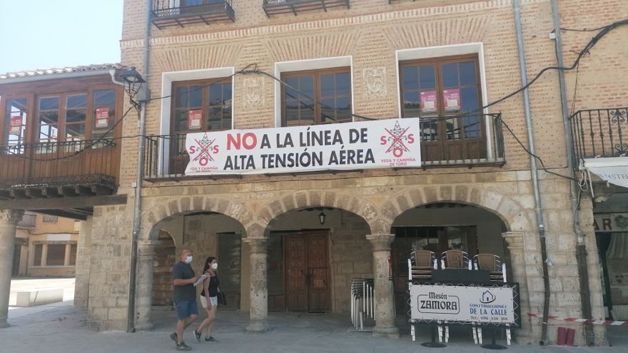 """""""SOS vega de Toro"""" pide la convocatoria de un pleno sobre la línea de alta tensión"""