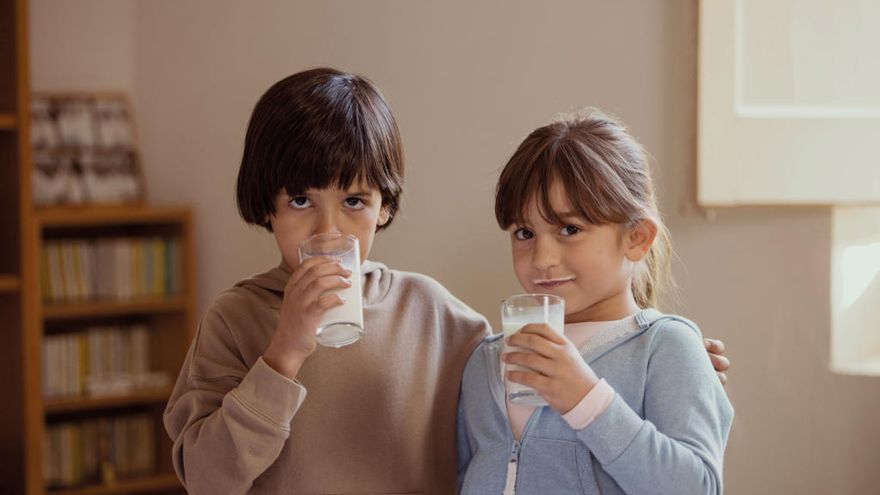 Caixabank aconsegueix 65.749 litres de llet per al Banc dels Aliments de Girona