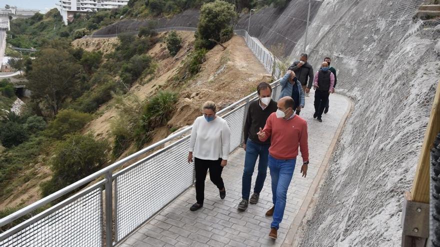 Fuengirola culmina un sendero natural en el entorno del arroyo Zaragoza, en Carvajal