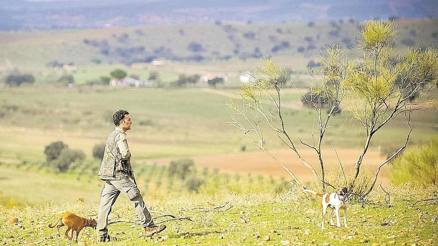 Crespo resalta el valor de la caza para la conservación