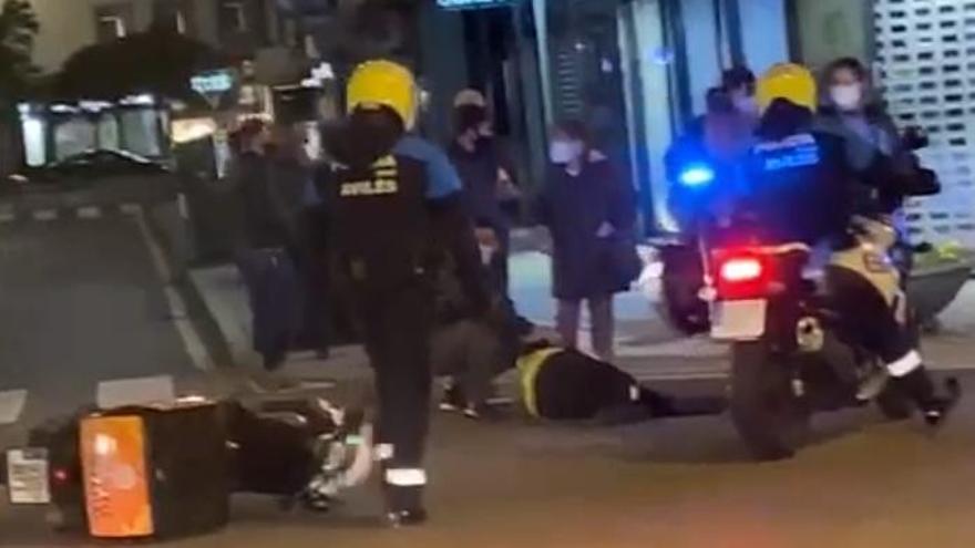 Herido un motorista tras ser arrollado por un vehículo en Avilés