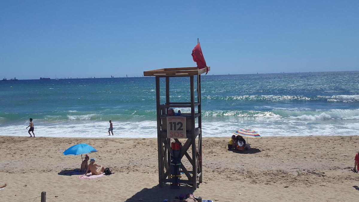 Bandera roja en todas las playas de Palma por la tormenta