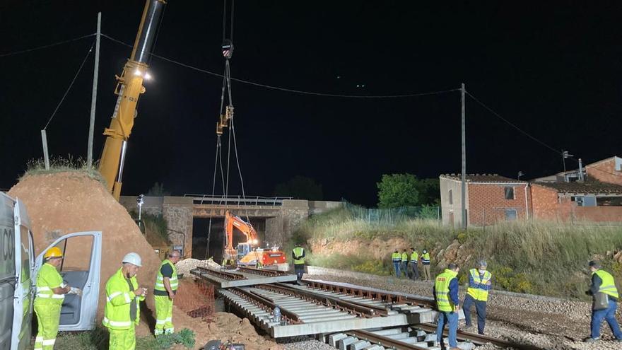 Las mejoras en la línea de Teruel quintuplican los trenes de mercancías que circulan cada semana