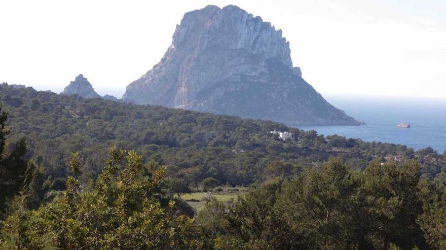 Fallece una turista alemana en una playa de Ibiza
